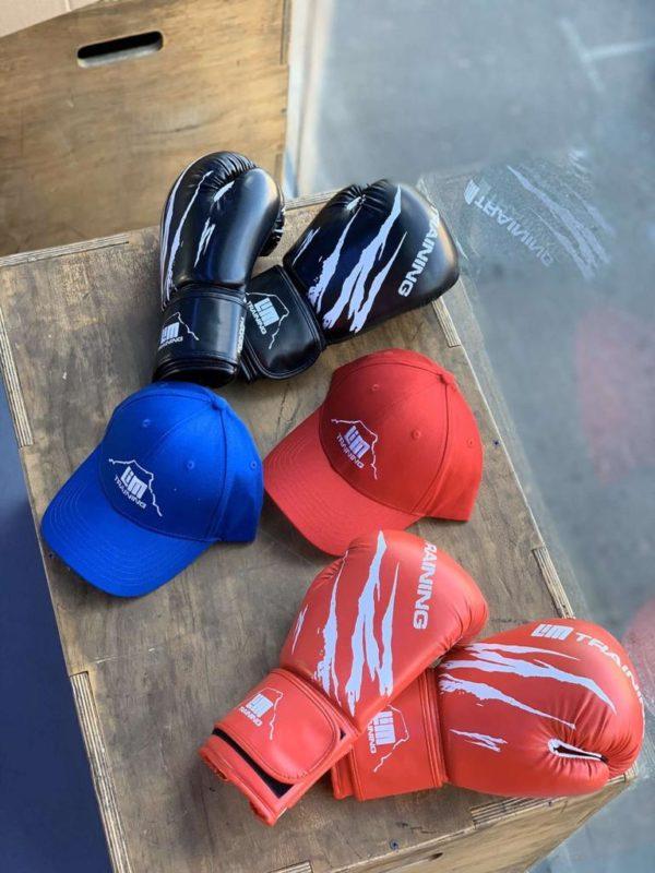 Gants et casquettes LimTraining